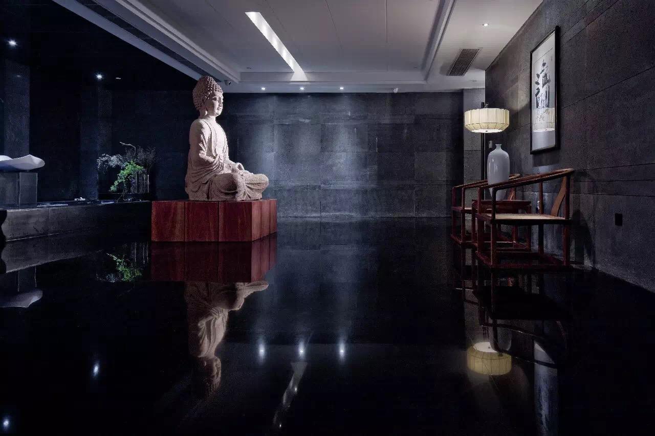 龙海建工办公室